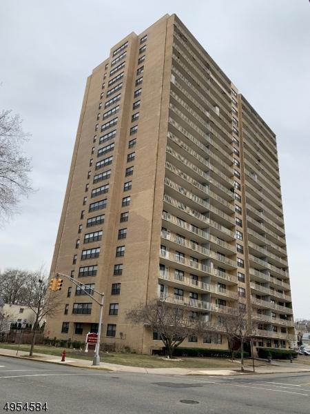 公寓 / 联排别墅 为 出租 在 Passaic, 新泽西州 07055 美国