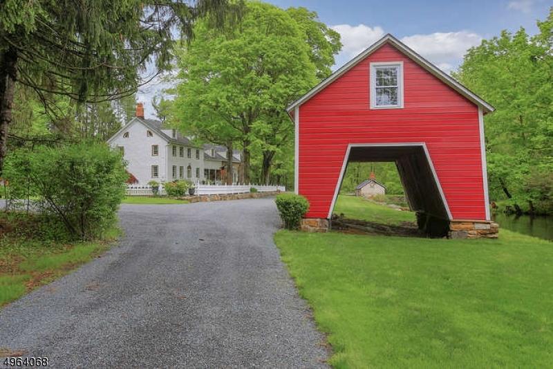 Single Family Homes vì Bán tại Washington, New Jersey 07853 Hoa Kỳ