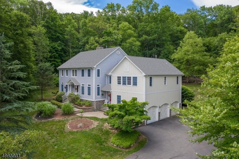 Single Family Homes vì Bán tại Lebanon, New Jersey 07830 Hoa Kỳ