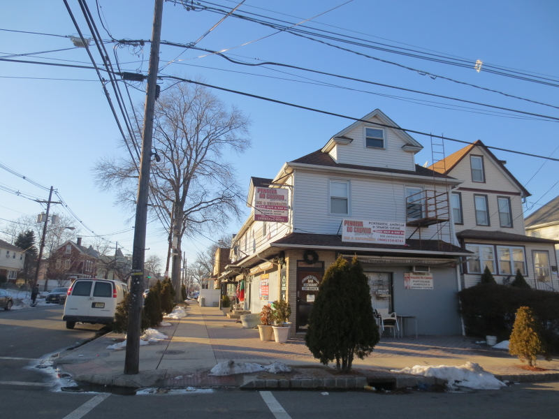 Additional photo for property listing at 600 Jackson Avenue  Elizabeth, New Jersey 07201 États-Unis
