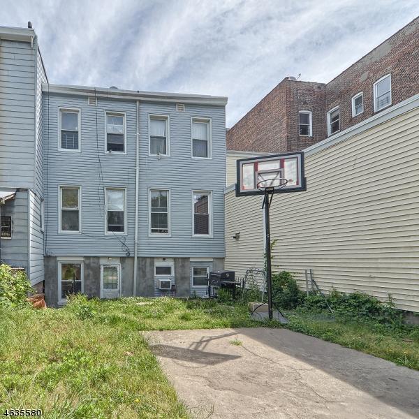 Additional photo for property listing at 207 Claremont Avenue  Jersey City, Nueva Jersey 07305 Estados Unidos