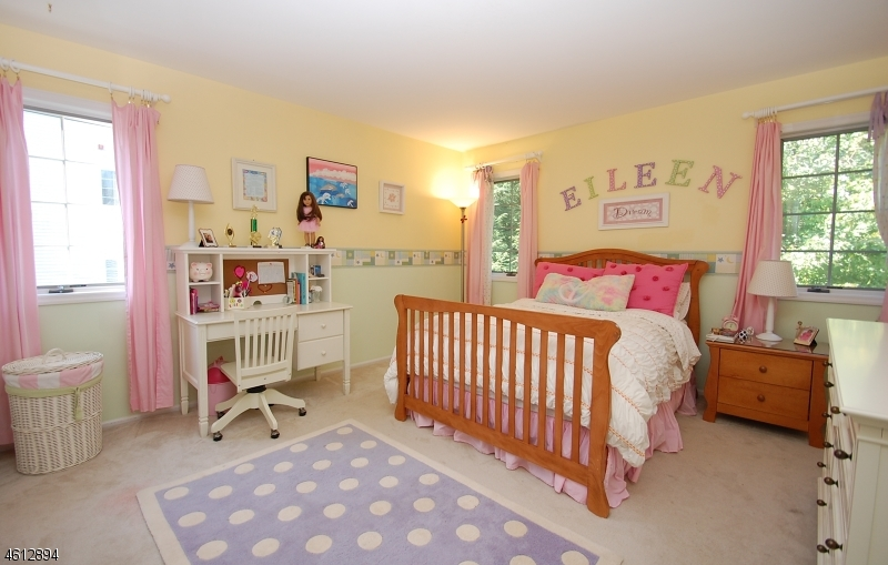 Additional photo for property listing at 12 Bradshaw Ct, 602  Hillsdale, New Jersey 07642 United States