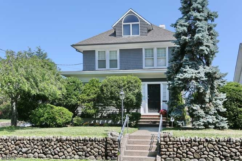 Additional photo for property listing at 81 Diamond Bridge Avenue  Hawthorne, Nueva Jersey 07506 Estados Unidos