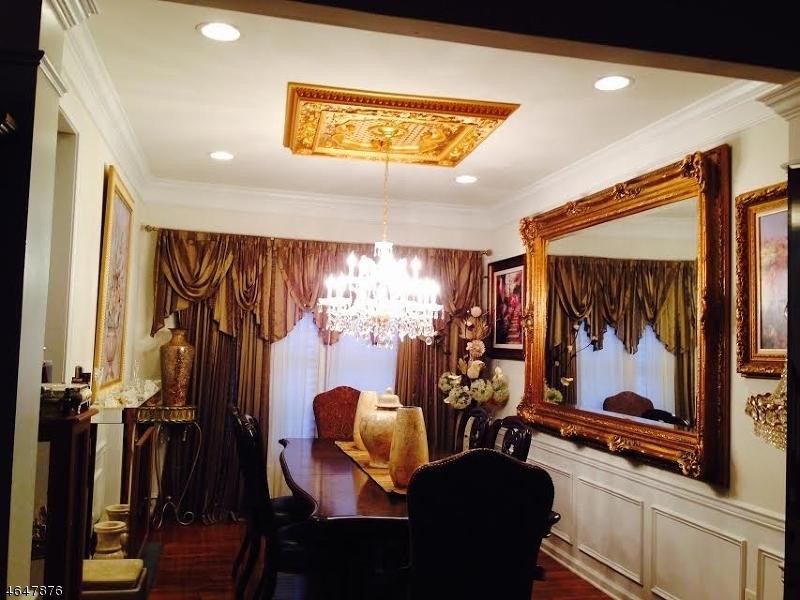 Additional photo for property listing at 10 Constitution Lane  Totowa Boro, Nueva Jersey 07512 Estados Unidos