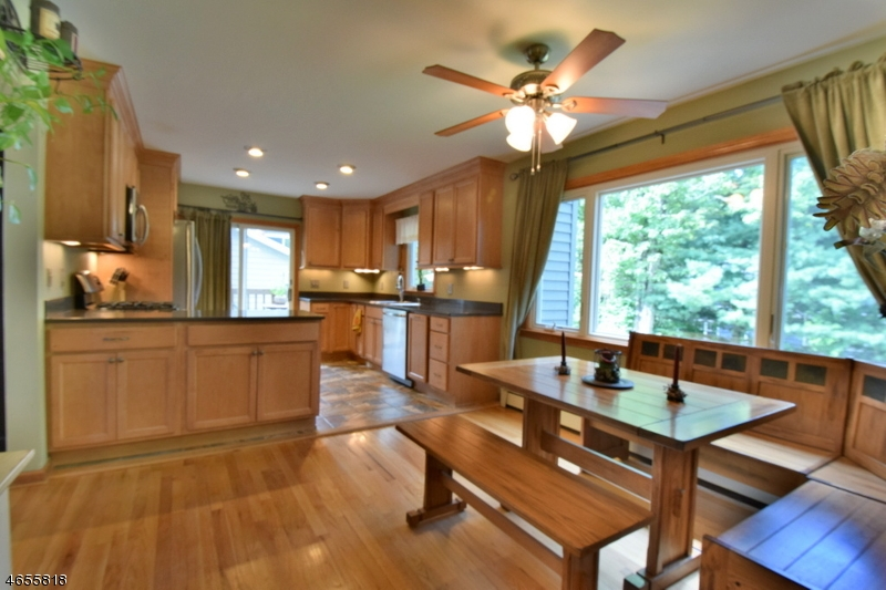 Additional photo for property listing at 31 Paradise Trail  Stockholm, New Jersey 07460 États-Unis