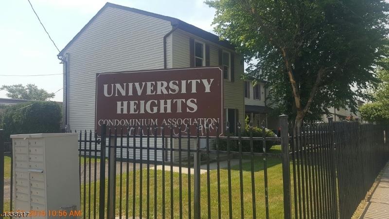 Maison unifamiliale pour l Vente à Address Not Available Newark, New Jersey 07103 États-Unis