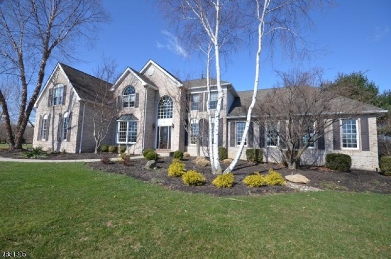 Частный односемейный дом для того Аренда на 10 WYCKOFF ROAD Hampton, Нью-Джерси 08827 Соединенные Штаты