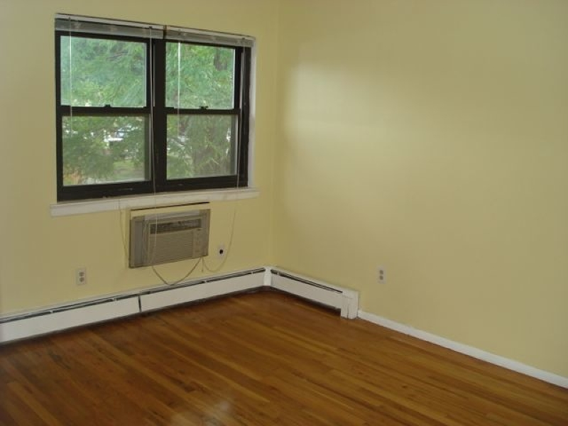 Additional photo for property listing at 401-9E HWY 22  Plainfield, Nueva Jersey 07060 Estados Unidos