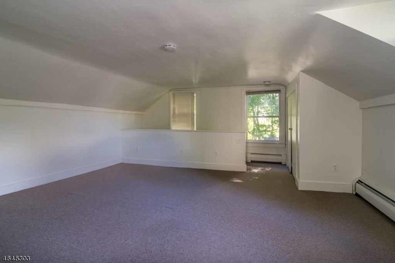 Additional photo for property listing at 446 Schooleys Mountain  Hackettstown, Nueva Jersey 07840 Estados Unidos