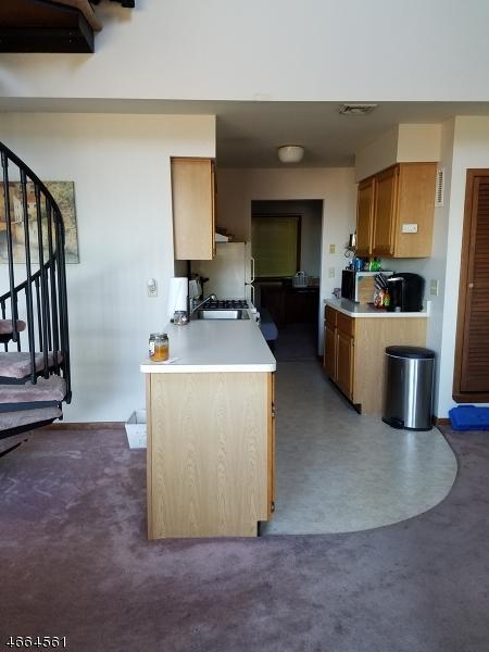 Additional photo for property listing at 1 Port Royal Dr, UNIT 2  弗农, 新泽西州 07462 美国