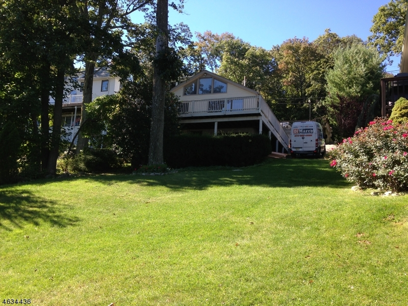 Additional photo for property listing at 157 LAKESIDE BLVD  Hopatcong, New Jersey 07843 United States