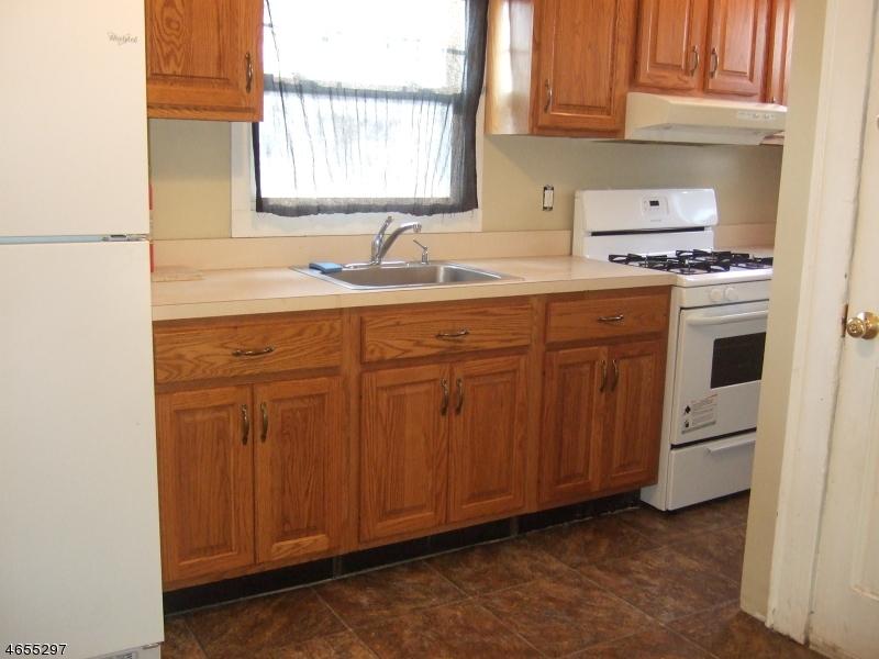 Additional photo for property listing at 118 Burnside Avenue  Cranford, Nueva Jersey 07016 Estados Unidos