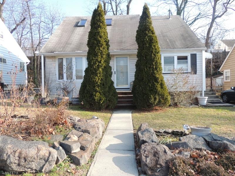独户住宅 为 销售 在 218 14th Street Wood Ridge, 新泽西州 07075 美国