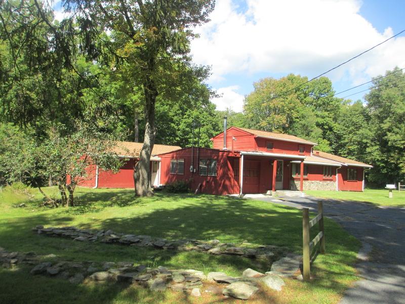 Maison unifamiliale pour l Vente à 248 New Road Montague, New Jersey 07827 États-Unis