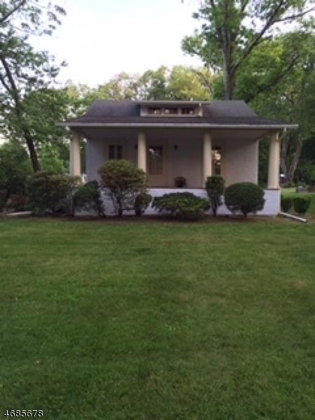 Casa Unifamiliar por un Alquiler en 541 Eder Avenue Wyckoff, Nueva Jersey 07481 Estados Unidos