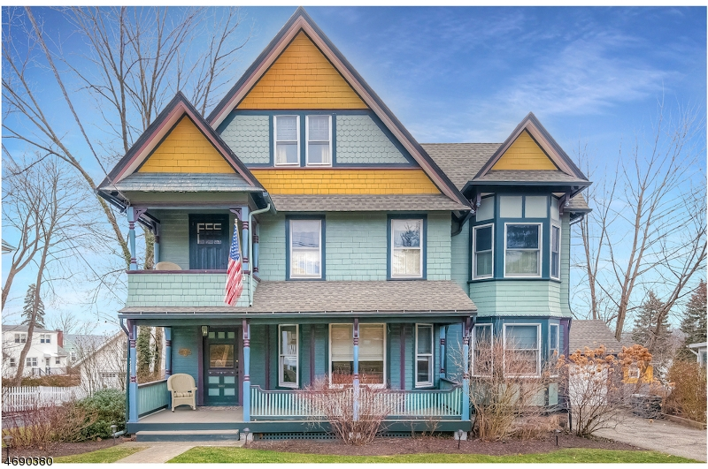 Casa Unifamiliar por un Venta en 73 Fairview Avenue Verona, Nueva Jersey 07044 Estados Unidos