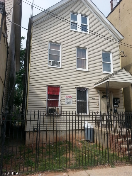 Additional photo for property listing at 428 E JERSEY Street  Elizabeth, Nueva Jersey 07201 Estados Unidos