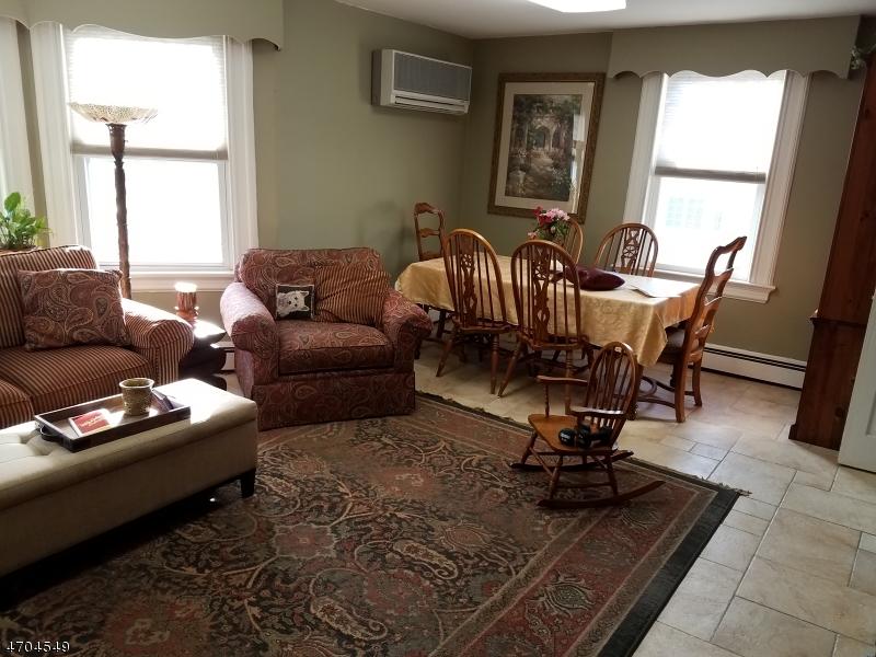 Maison unifamiliale pour l à louer à 97 Roseland Avenue Caldwell, New Jersey 07006 États-Unis