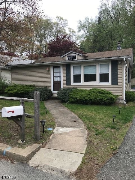 Single Family Home for Rent at 18 Cedar Lk E Denville, New Jersey 07834 United States