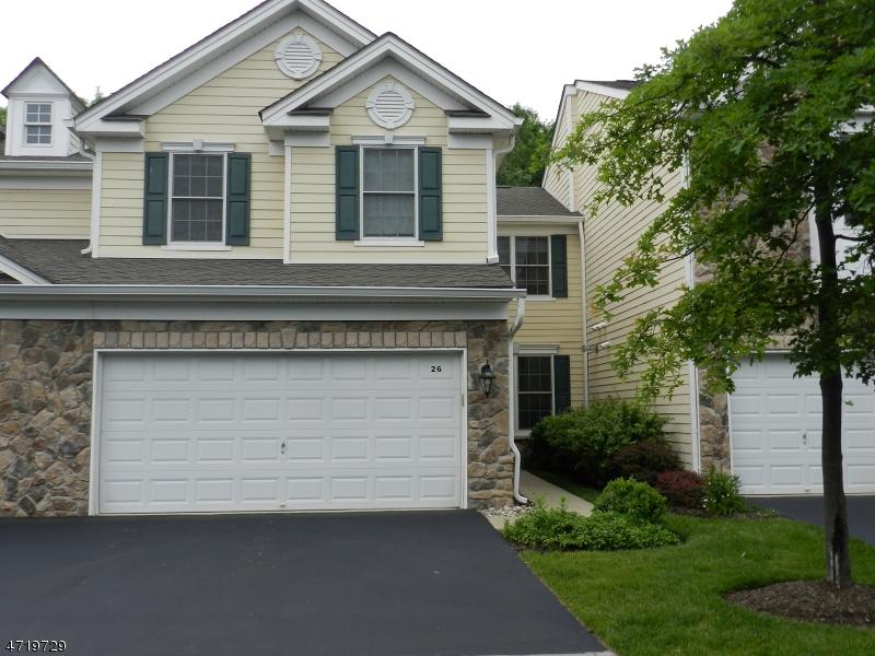 Casa Unifamiliar por un Alquiler en 26 Kelley Lane Parsippany, Nueva Jersey 07054 Estados Unidos