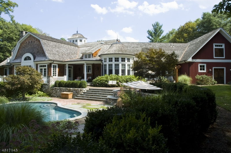 Maison unifamiliale pour l Vente à 876 Trailing Ridge Road Franklin Lakes, New Jersey 07417 États-Unis