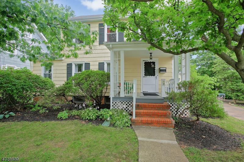 Casa Unifamiliar por un Venta en 18 E Orchard Street Somerville, Nueva Jersey 08876 Estados Unidos
