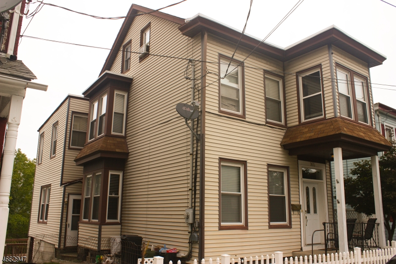 Single Family Home for Rent at 165 Morris Street Phillipsburg, New Jersey 08865 United States
