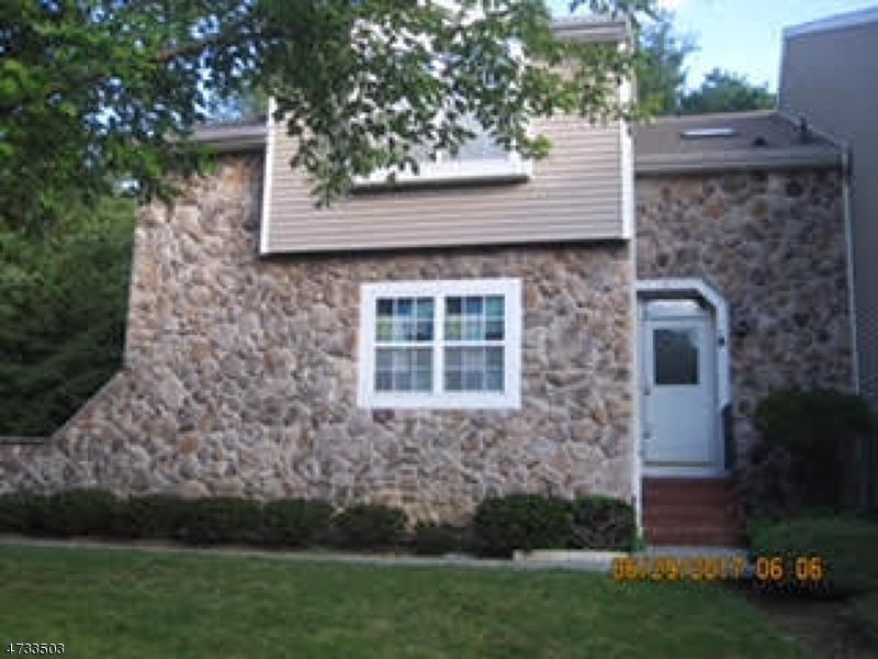 Частный односемейный дом для того Аренда на 8 Jaime Drive Rockaway, Нью-Джерси 07866 Соединенные Штаты