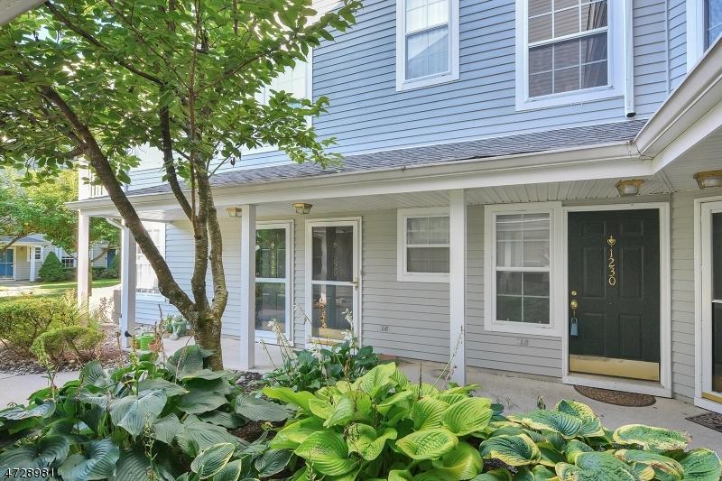 Частный односемейный дом для того Аренда на 1230 Richmond Road Mahwah, Нью-Джерси 07430 Соединенные Штаты