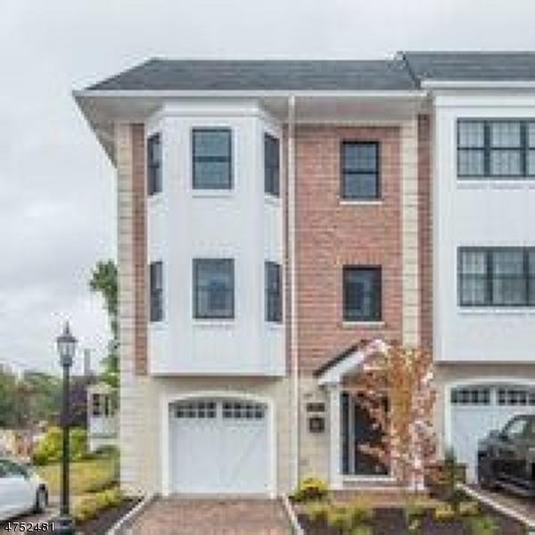 Einfamilienhaus für Verkauf beim 10-1 CENTRAL Avenue Caldwell, New Jersey 07006 Vereinigte Staaten
