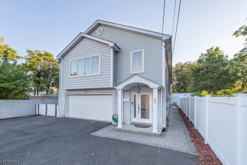 Einfamilienhaus für Verkauf beim 85 Westervelt Place 85 Westervelt Place Passaic, New Jersey 07055 Vereinigte Staaten