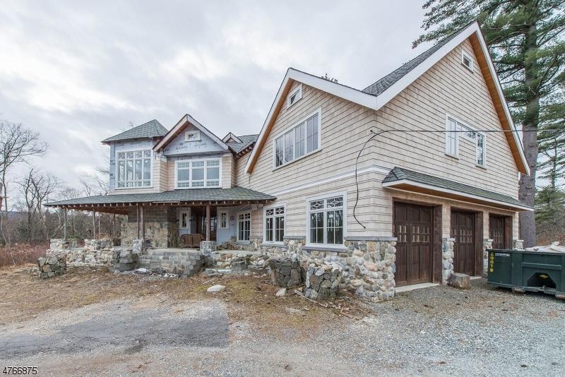 Частный односемейный дом для того Продажа на 1535 Green Pond Road Jefferson Township, Нью-Джерси 07435 Соединенные Штаты