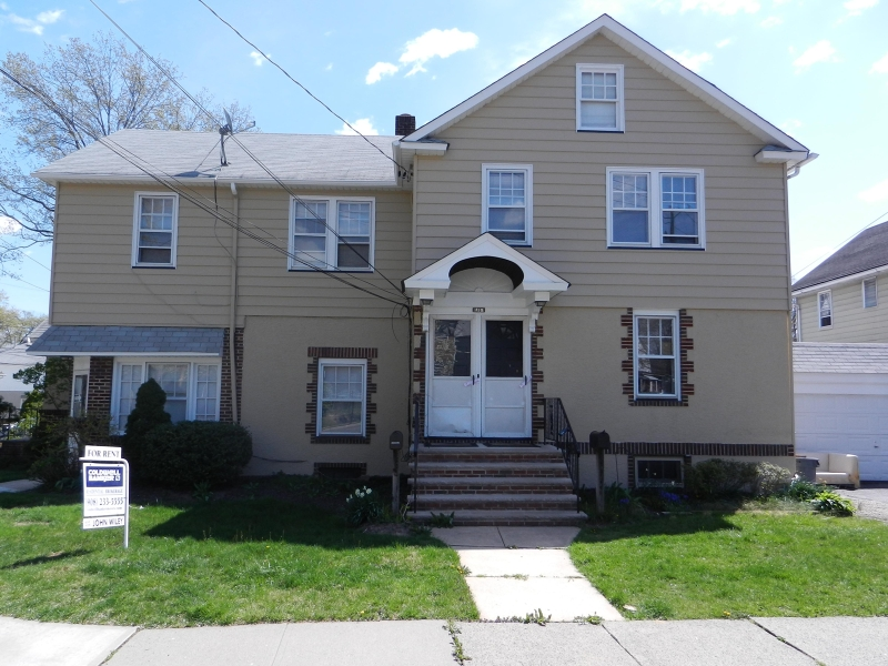 Частный односемейный дом для того Аренда на 118 Anchor Place Garwood, Нью-Джерси 07027 Соединенные Штаты