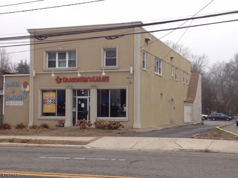 Commercial pour l à louer à 79 W Mount Pleasant Avenue Livingston, New Jersey 07039 États-Unis