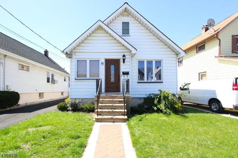 独户住宅 为 销售 在 15 Brandenburg Place North Arlington, 新泽西州 07031 美国