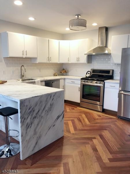 Condo / Townhouse için Satış at 324 Falcon Ridge Way South Hamburg, New Jersey 07419 Amerika Birleşik Devletleri