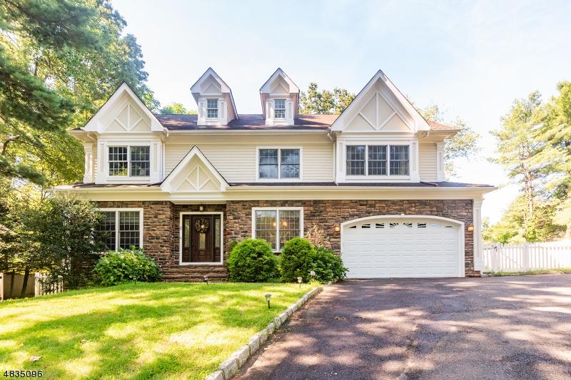 Casa Unifamiliar por un Venta en 181 NEW PROVIDENCE Road Mountainside, Nueva Jersey 07092 Estados Unidos