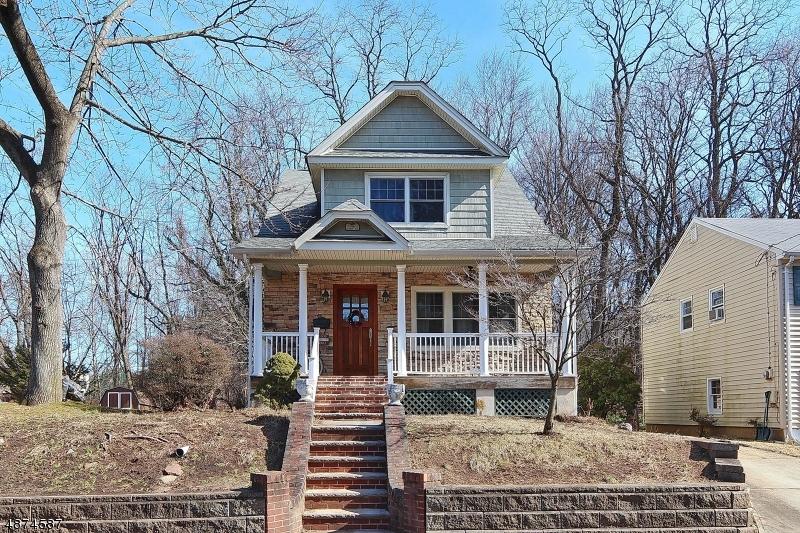 Μονοκατοικία για την Πώληση στο 154 LOCUST Avenue Mountainside, Νιου Τζερσεϋ 07092 Ηνωμένες Πολιτείες