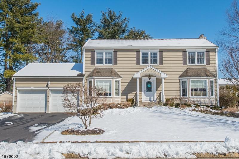 Tek Ailelik Ev için Satış at 14 BATES Drive Fairfield, New Jersey 07004 Amerika Birleşik Devletleri