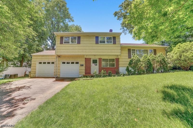 Single Family Homes per Vendita alle ore Oradell, New Jersey 07649 Stati Uniti