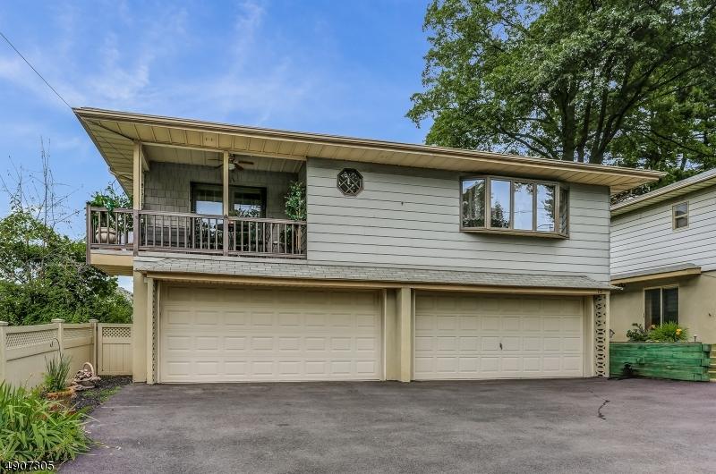 Single Family Homes för Försäljning vid Lodi, New Jersey 07644 Förenta staterna