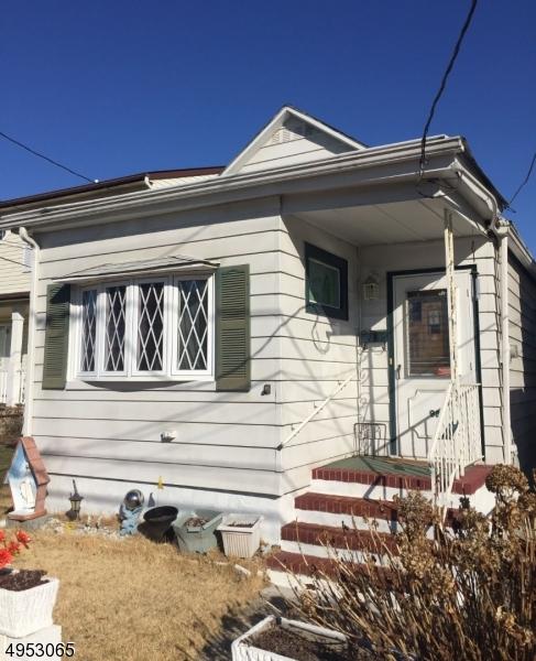 Single Family Homes para Alugar às Woodbridge, Nova Jersey 08861 Estados Unidos