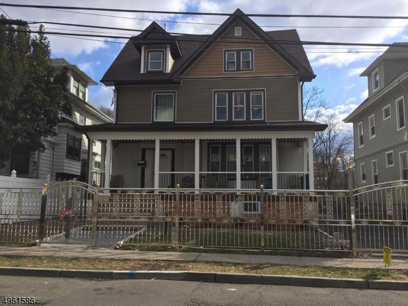 Single Family Homes por un Venta en Irvington, Nueva Jersey 07111 Estados Unidos