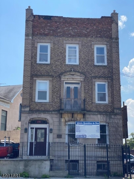 Additional photo for property listing at  Newark, New Jersey 07105 United States