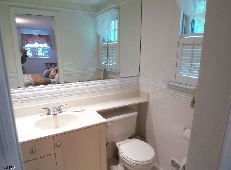 Additional photo for property listing at 208 Shunpike Road  Madison, New Jersey 07940 United States