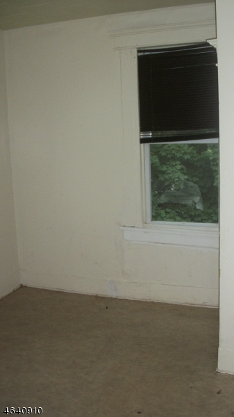 Additional photo for property listing at 78 Grace Street  Irvington, 新泽西州 07111 美国