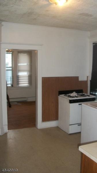 Additional photo for property listing at 78 Grace Street  Irvington, Nueva Jersey 07111 Estados Unidos