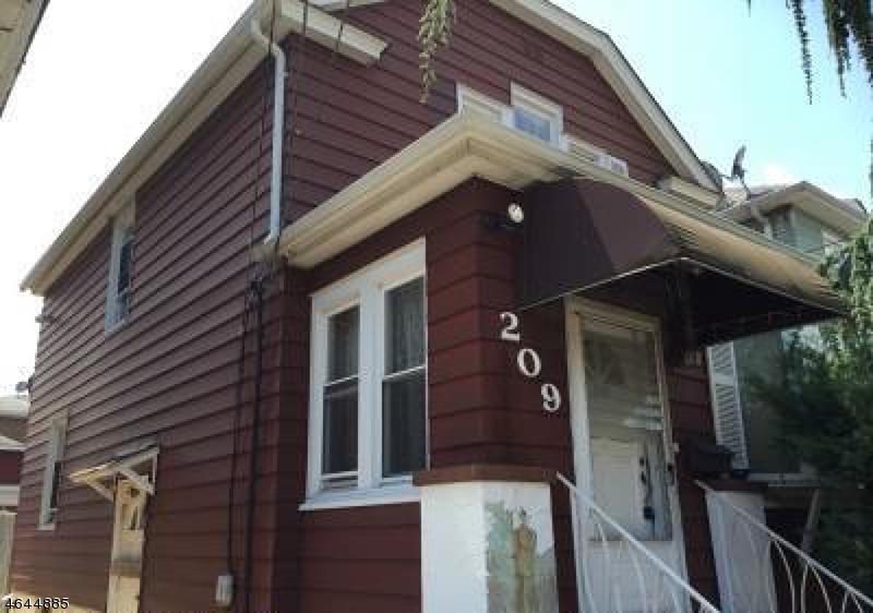 Многосемейный дом для того Продажа на 209 Franklin Street Secaucus, Нью-Джерси 07094 Соединенные Штаты