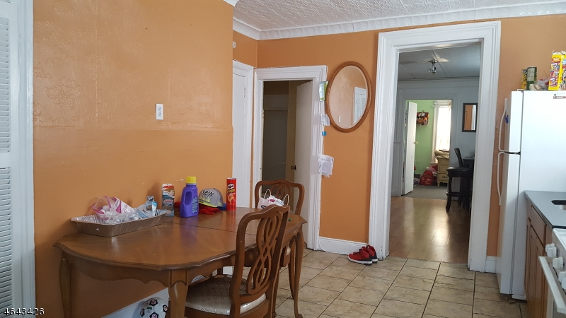 Additional photo for property listing at 391 BELMONT Avenue  Haledon, Nueva Jersey 07508 Estados Unidos