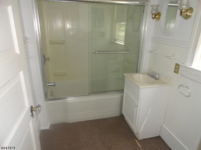 Additional photo for property listing at 1865-69 MYRTLE Avenue  Plainfield, Нью-Джерси 07060 Соединенные Штаты